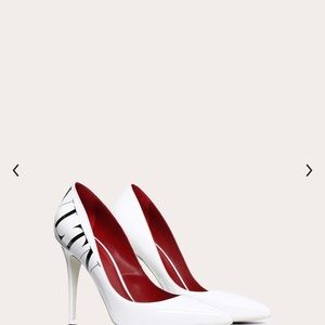 VLTN PATENT PUMP 105MM White and Black in Size 39